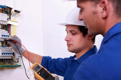 Ausbildung zum/-r Elektroniker/-in für Energie- und Gebäudetechnik